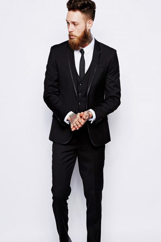 Black slim-cut sample suit