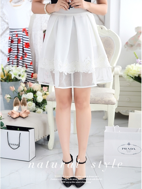 White Lace Pleat Skirt