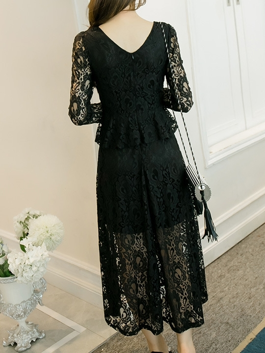 Elegante Peplum Lace Maxi Dress