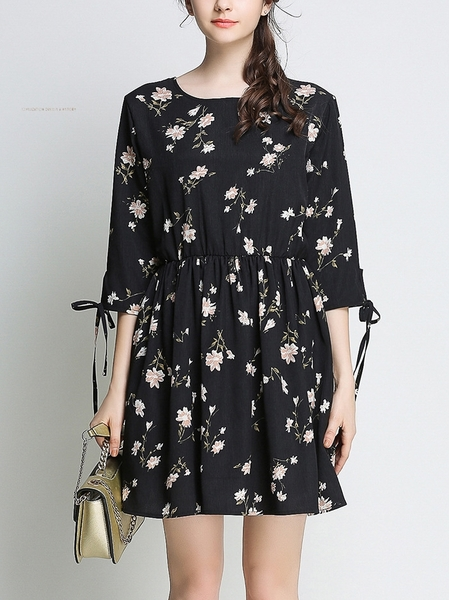 Rulette Sleeve Tie Dress