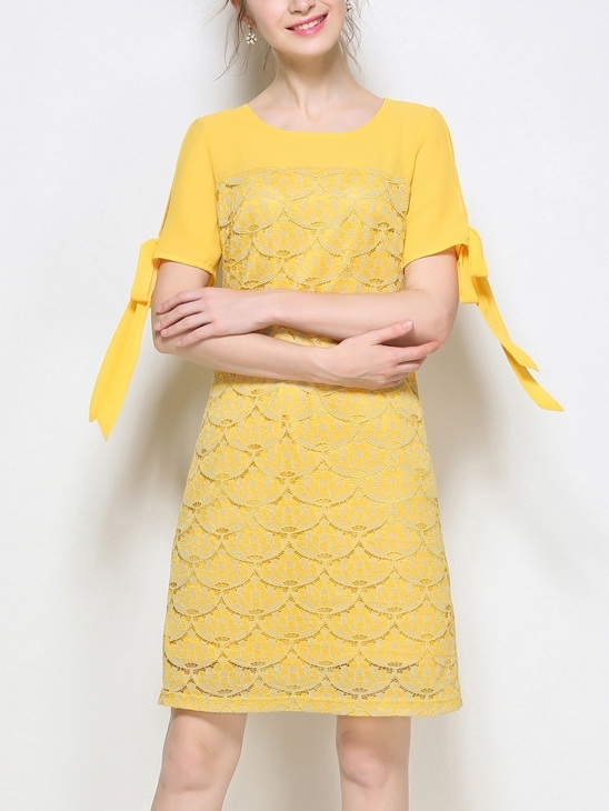 Bora Lace Sleeve-ties Dress