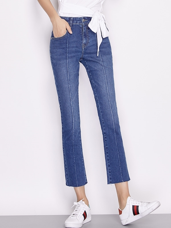 Loose End Denim Capri Jeans