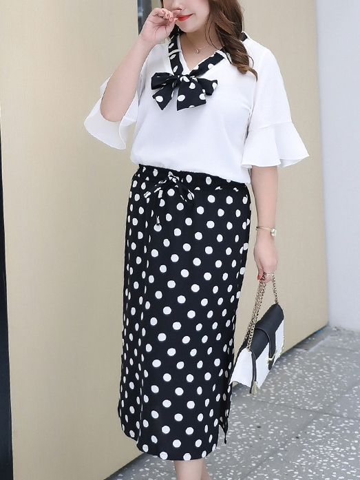 [DEAL] Polka Dots Top and Midi Skirt Set