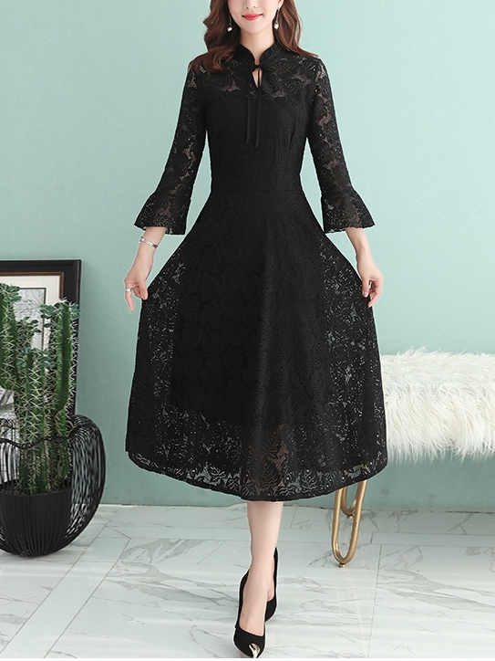 Lace Bell Sleeve Midi Dress