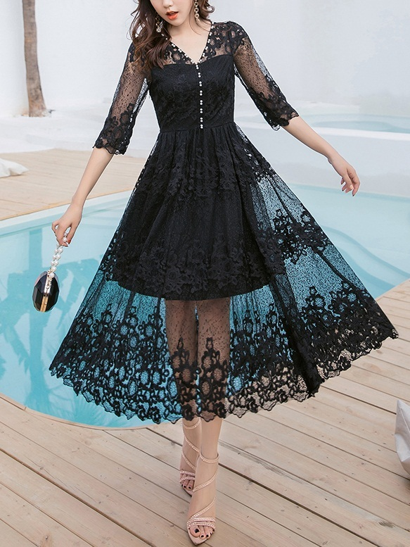 Minda Lace Maxi Swing Scallop Dress