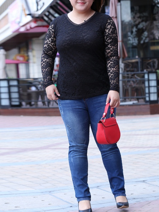 Mirlande Lace V-neck L/s Top (EXTRA BIG SIZE)