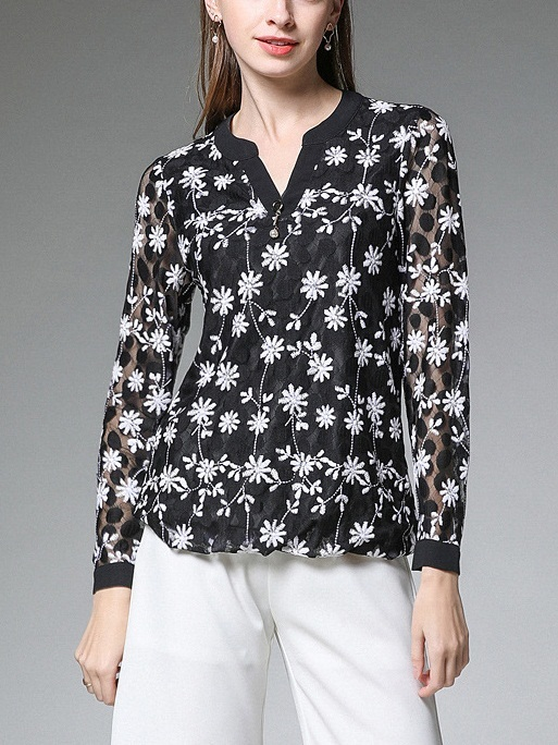 Myrl V-Neck Embroidery L/S Blouse