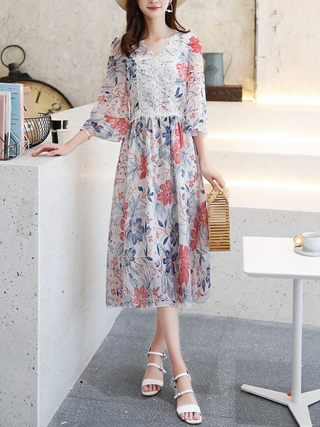 Nana Lace Bell Sleeve Midi Dress