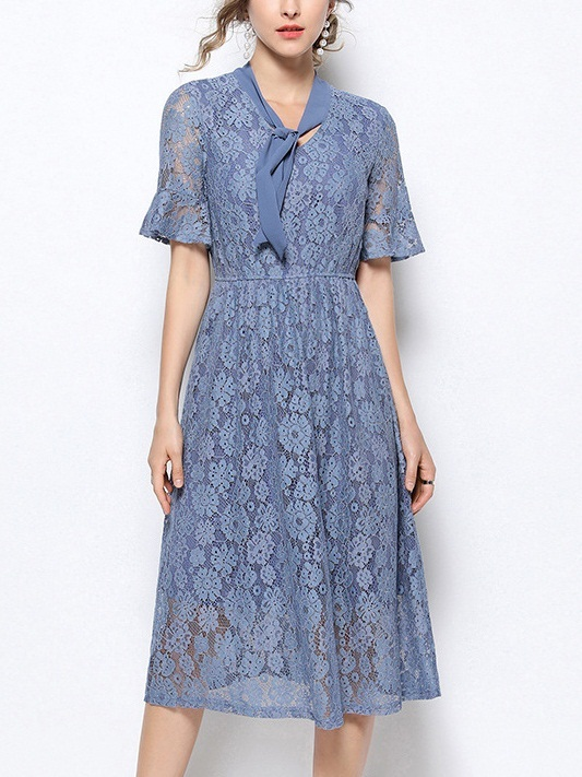 Odelene Blue Bow Lace Midi Dress