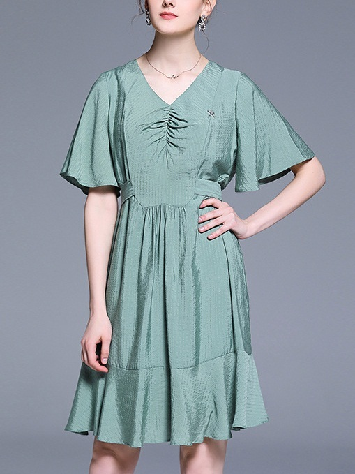 Olan Green Textured Bow Tie Dress