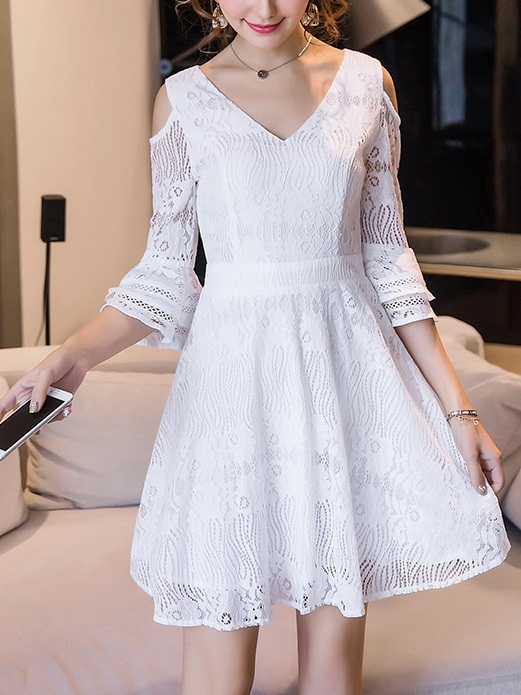Keli Expose Shoulder Lace Dress