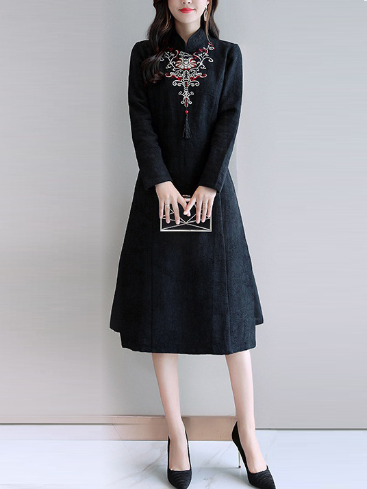 Mary-anne (Bust 98-118CM) Embroidery Qipao Midi Dress
