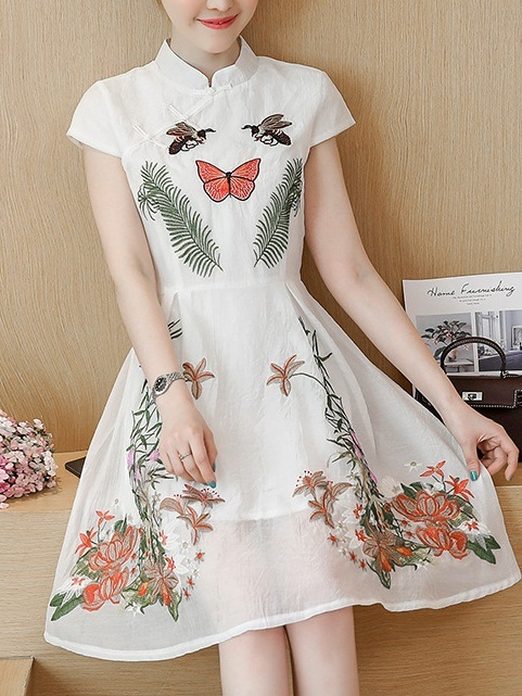 Mary-Ann (Bust 90-110CM) Butterfly Embroidery Qipao Dress