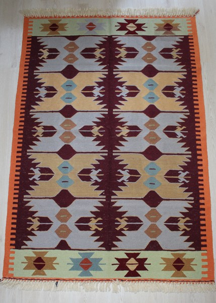 Oushak, Handmade Vegetable Dye Kilim Rug