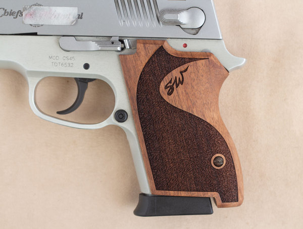 Smith Wesson CS 40-45 Grip