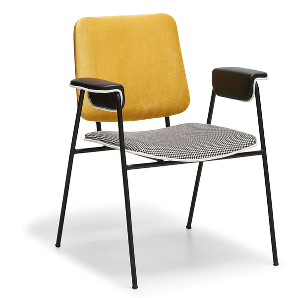 ELT-231-1-Metal Chair Wooden Legs